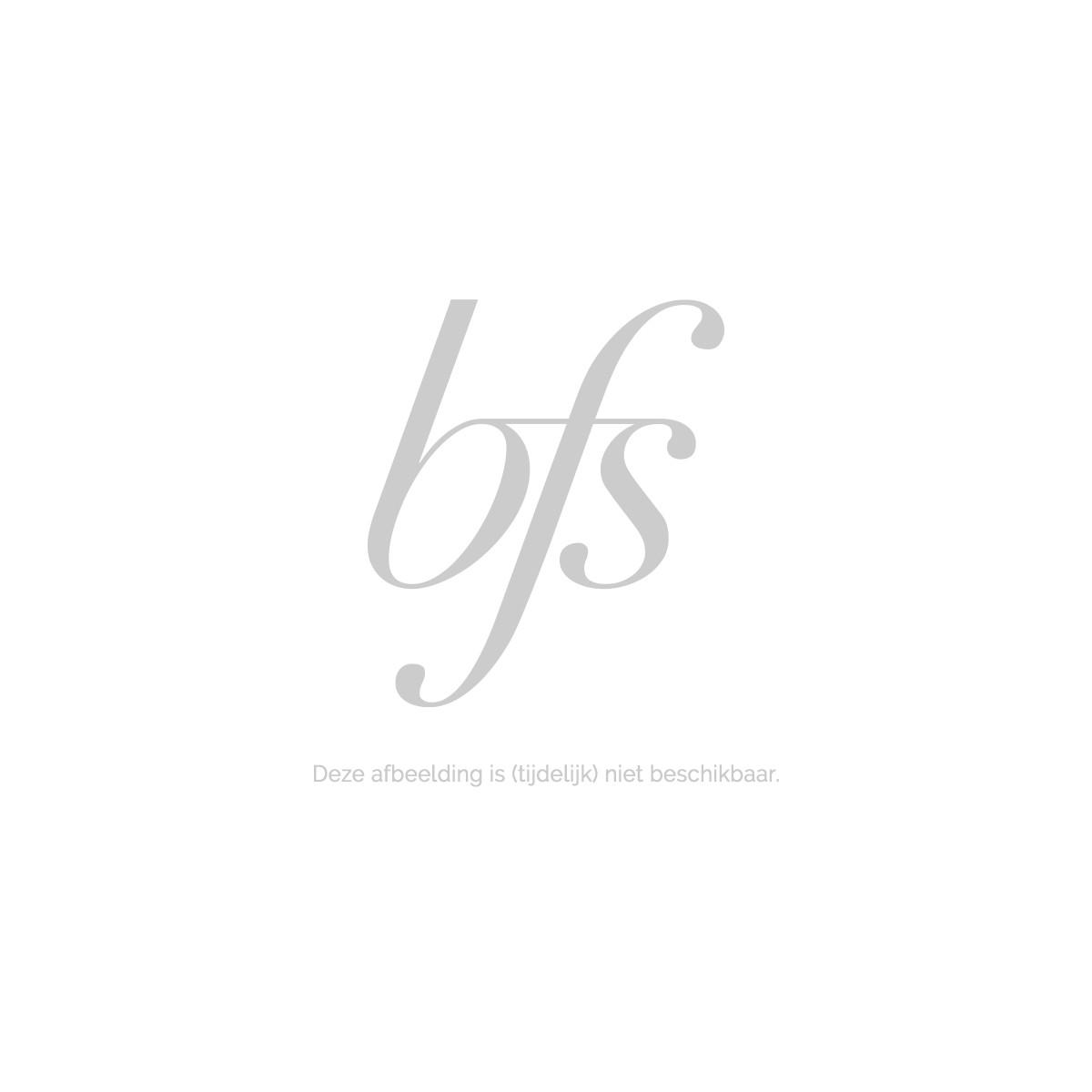 Pupa Kit No Transfer Foundation+Foundation Brush 001